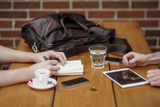 Skab gode relationer og kom igennem med din sag!